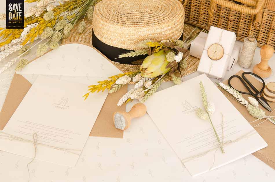 Invitaciones-de-boda-campestre-rustica-Sobre-kraft-Sello-personalizado-Sobre-con-forro