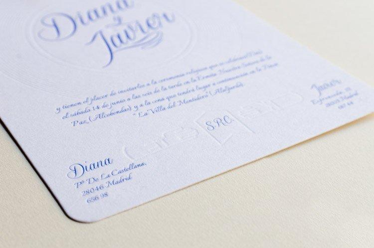 Invitaciones-de-boda-en-letterpress-con-tematica-musica-detalle