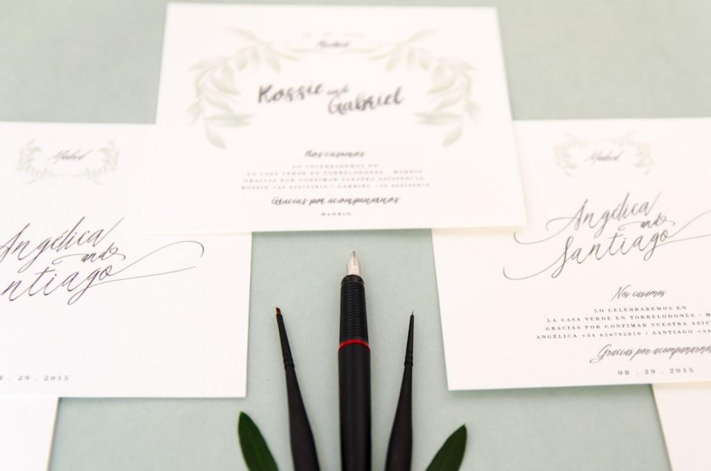 Invitaciones de boda originales - Caligrafía cuadradas