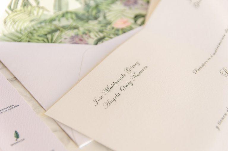invitaciones-de-boda-clasicas-sobre-con-forro-tarjeton-3364