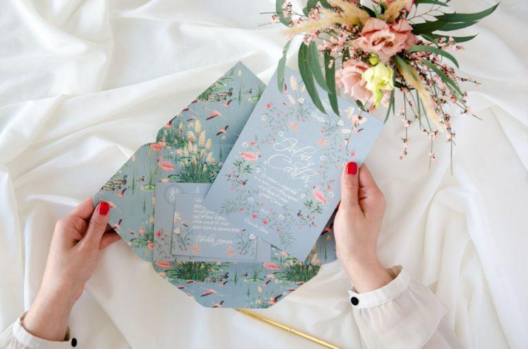Invitaciones de boda sobre troquelado con forro Donana acuarela by Save the date projects (2)