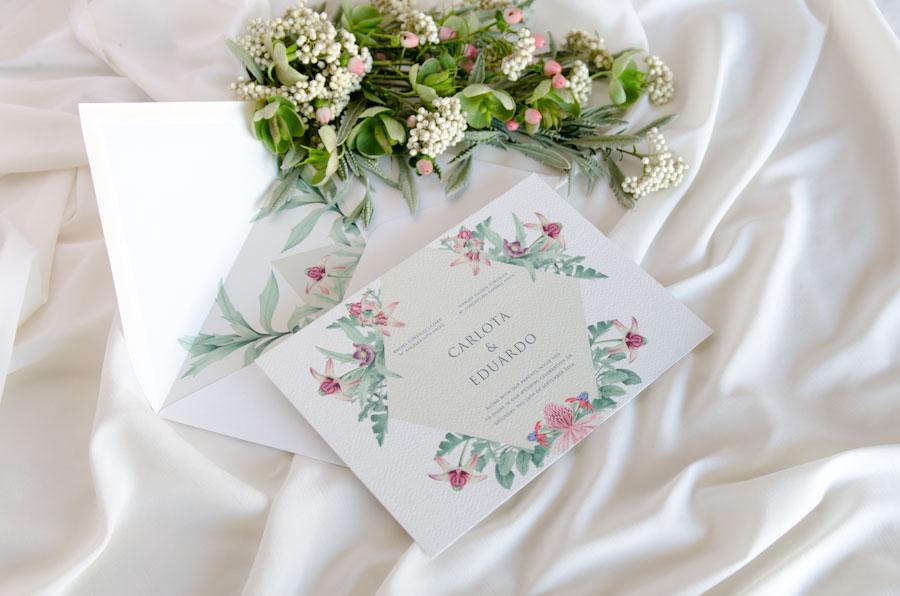 Invitaciones de boda originales personalizadas flores-2