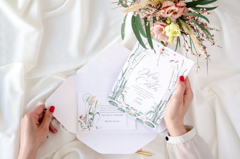 Invitaciones de boda acuarela Donana corona acuarela by Save the date projects-212