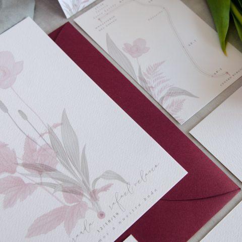 invitación romántica rosa empolvado detalle