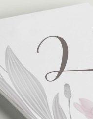 mesero-flores-lapiz-lettering-blanca-1-ANV-Detalle
