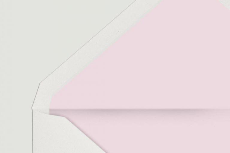 sobre-forrado-de-boda-flores-lapiz-rosa-detalle