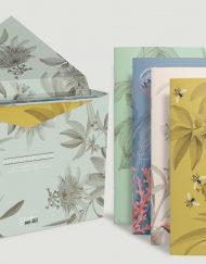 caja-de-regalo-con-ilustraciones-botanicas-tropical-passiflora-gris-3