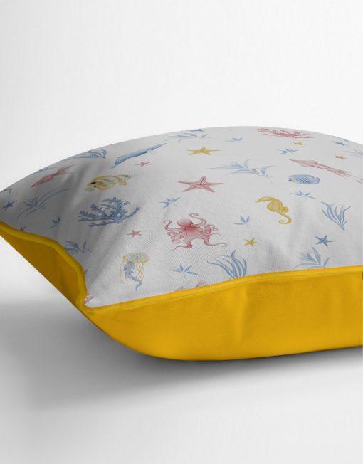 COJIN-ESTAMPADO-habitacion-infantil-mar-peces-blanco-amarillo-detalle