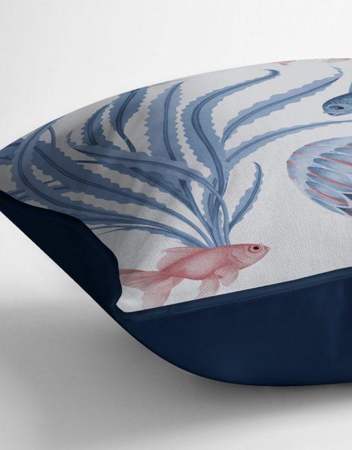 COJIN-ESTAMPADO-medusas-mar-peces-azul-detalle