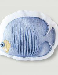 cojines-forma-pez-azul-HABITACION-INFANTIL-detalle