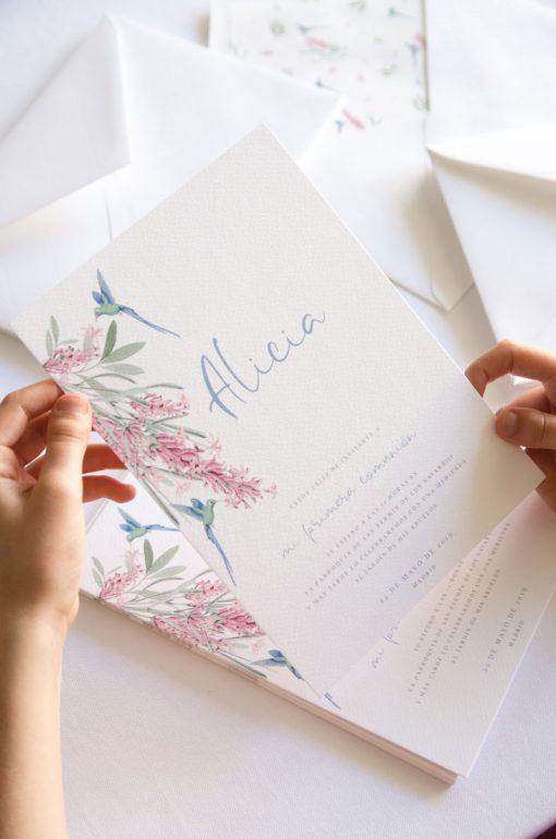 invitaciones de comunion nina colibri 4