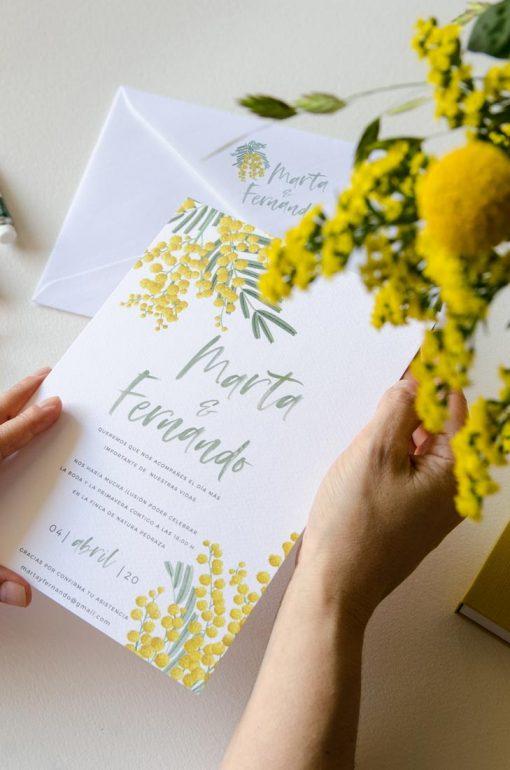 invitacion boda con flores mimosas amarillas