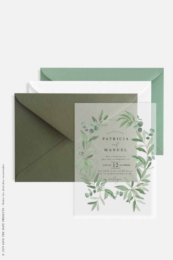 invitación transparente con eucaliptos dibujados y sobres de colores