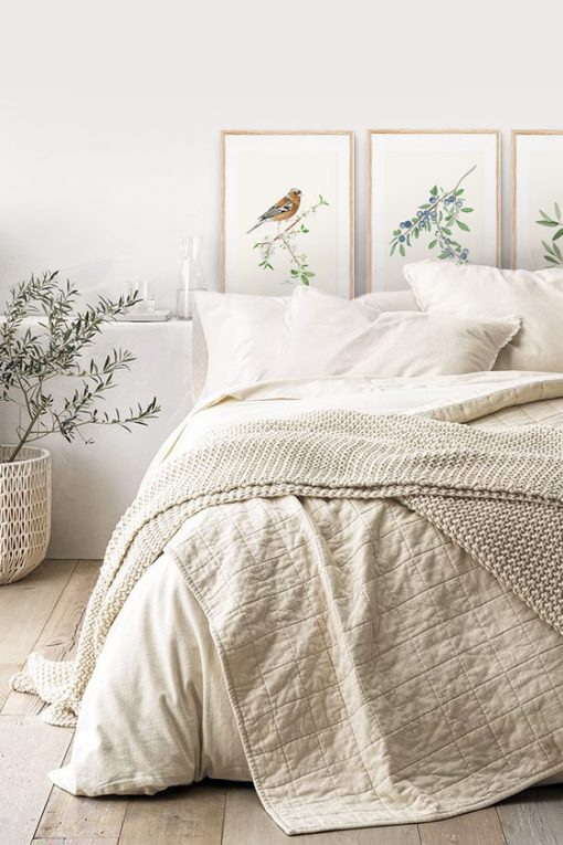 montaje cuadros dormitorio pajaro pinzon acuarela