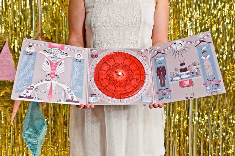 Tríptico invitaciones de boda vintage con disco