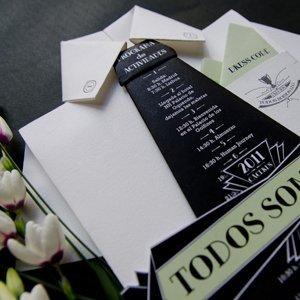 Invitaciones personalizadas Origami papel camisa hecha a mano