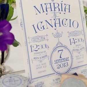 Invitaciones de boda letterpress sobre forrado y sello de caucho personalizado