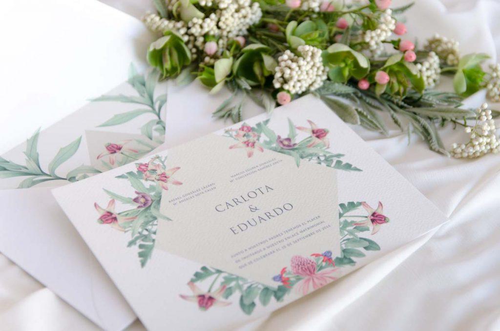 Invitaciones de boda originales en varios idiomas