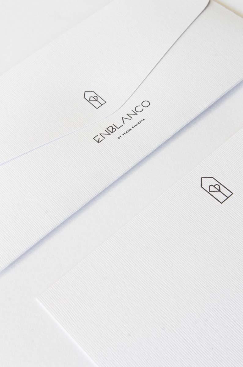 Diseno imagen de marca para floristeria