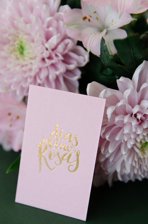 Acabado dorado branding tarjetas